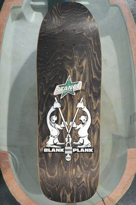 Skateboards color gris