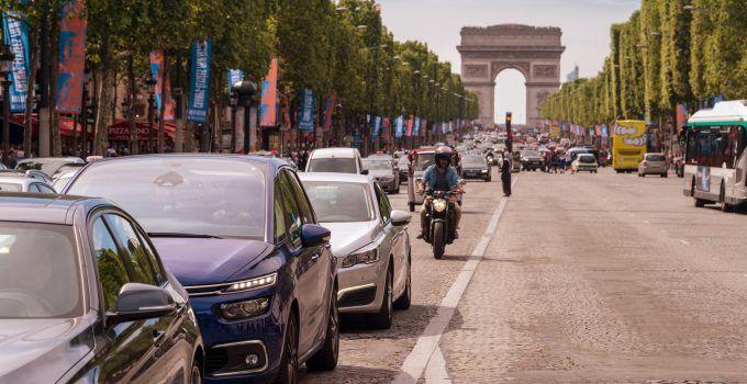 Maximizar el valor de los datos automotrices en el ecosistema de movilidad urbana