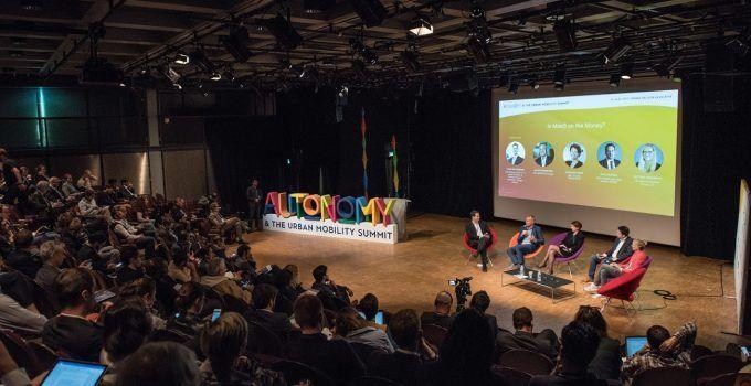 Presentación de la Cumbre de Movilidad Urbana 2019 y las conversaciones de la industria
