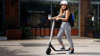 Cascos visera patinetes eléctricos