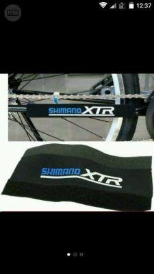 Protector cadenas bicicletas