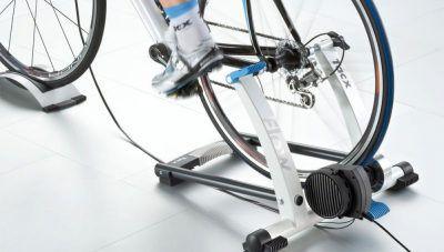 Soportes bicicletas suelo para pedalear