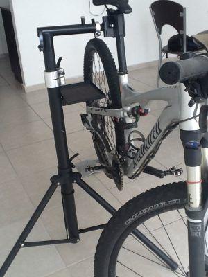 Tripodes para bicicletas